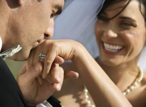 Ученые выяснили, сколько длится любовь