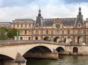 В парижском Лувре открылась выставка произведений из Национального музея Швеции