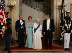 «Лондонский мост пал»: в Великобритании разработан подробный план на случай смерти королевы Елизаветы