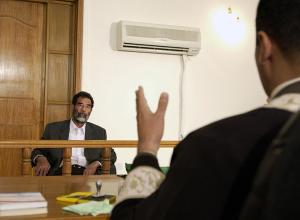 Тезка Саддама Хусейна из Индии пытается сменить имя, чтобы найти работу
