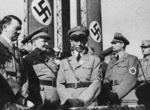 В Берлине неонацисты провели марш памяти Рудольфа Гесса, «заместителя фюрера»
