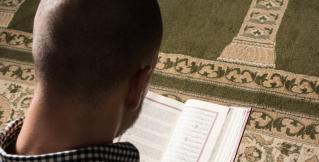 Скандал в Германии: глава МВД предложил отмечать в стране мусульманские праздники