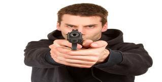 В Лилле неизвестный открыл стрельбу по прохожим; среди раненых – подросток