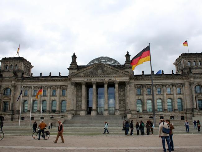 Из-за Brexit британцы поголовно просятся в немцы