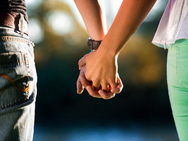 В жизни мы можем полюбить только трех человек — и каждого по своей причине