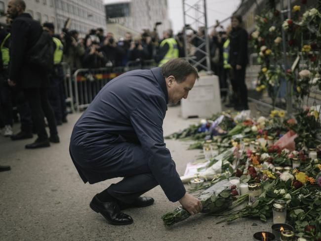 Число жертв автомобильного теракта в Стокгольме возросло до пяти