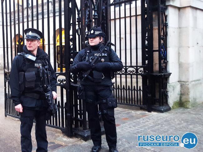 Британские власти признали инцидент в Лондоне терактом против мусульман