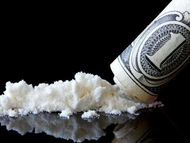 На французский пляж «приплыло» больше 1,5 тонны кокаина