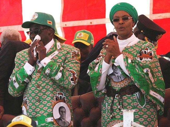 Первая леди Зимбабве предстанет перед судом ЮАР: она избила любовницу сына
